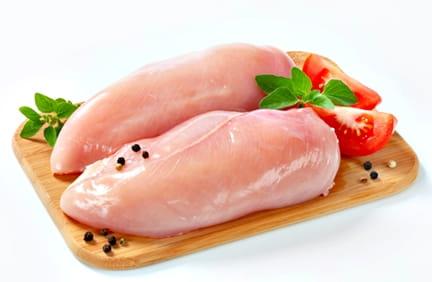 Варени пилешки гърди за вечеря