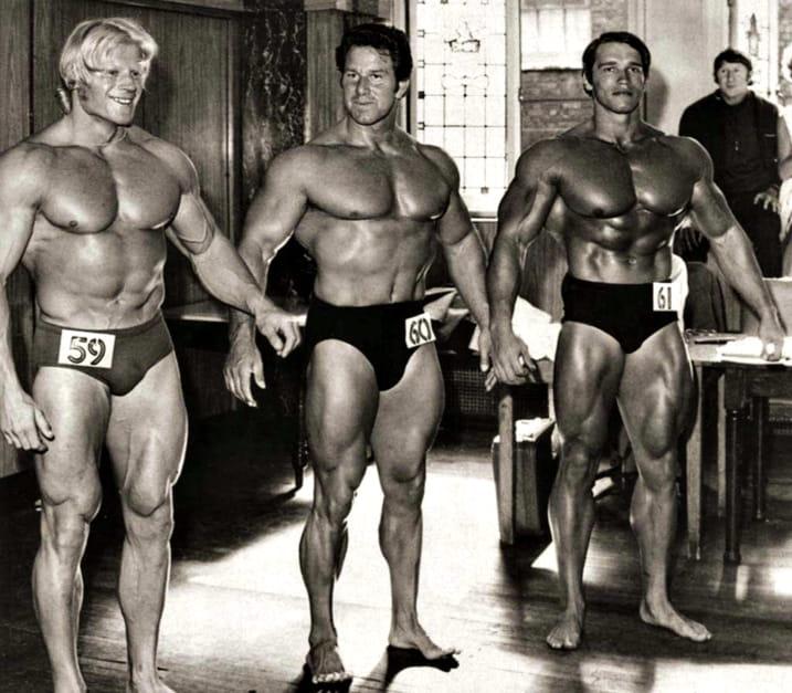 Дейв Дрепър, Рег Парк и Арнолд Шварценегер - в края на 60-те, Арнолд сбъдва една от мечтите си да застане рамо до рамо със своя кумир.