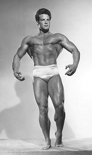 Стив Рийвс - Мистър Америка 1947