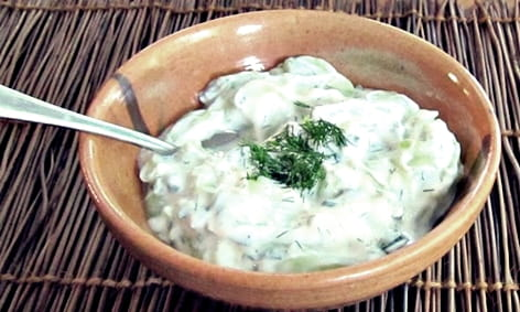 Млечна салата с много протеин
