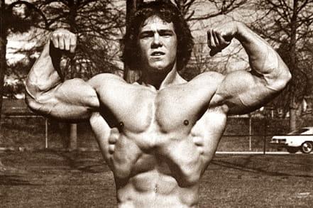 Тренировката за РЪЦЕ на Рон Тюфел – Мистър Тийн Америка 1975