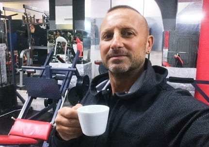 """Бронирано кафе"" от Светльо Николов"